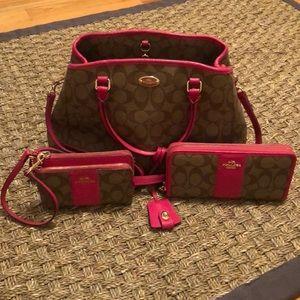 AUTH coach monogram satchel  in brown & magenta